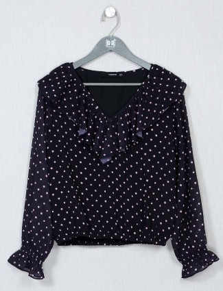 Black top for women in cotton