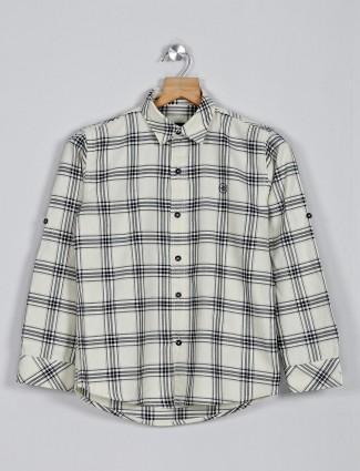 Blazo cream checks slim fit shirt