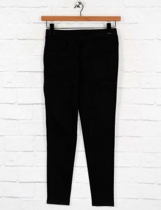 Boom cotton black solid skinny fit jeggings