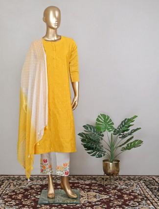 Bright yellow wedding ceremonies suit inflated sequins work