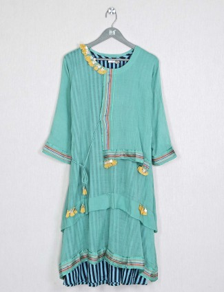 Casual green solid kurti in cotton
