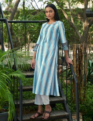 Casual wear hue kurti in stripe beautiful sky blue
