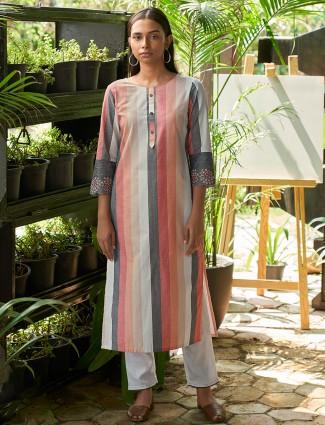 Casual wear stripe kurti for women in peach hue