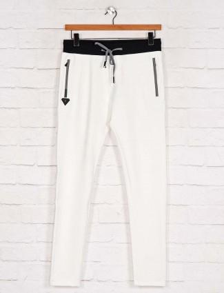 Chopstick white comfortable track pant