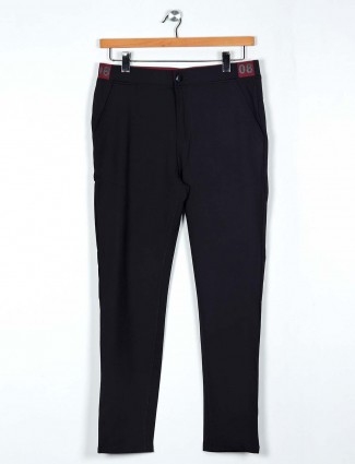 Cookyss black solid cotton track pant for men
