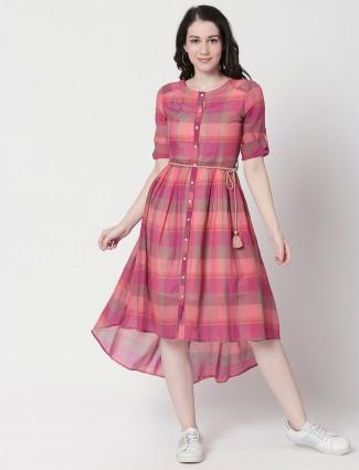 Coral pink checks cotton casual wear kurti