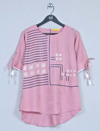 Cotton casual wear top for women in pink