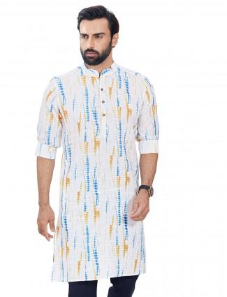Cotton printed kurta in white hue