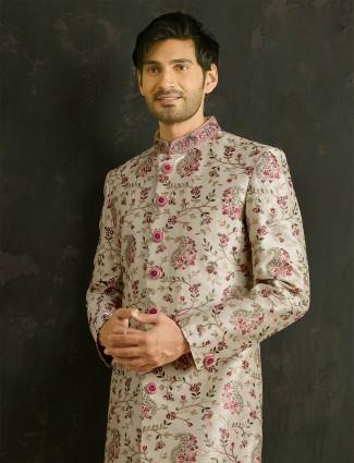 Cream wedding style sherwani for mens