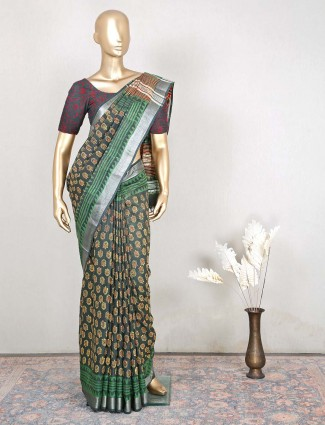 Dark green saree for festive sessions