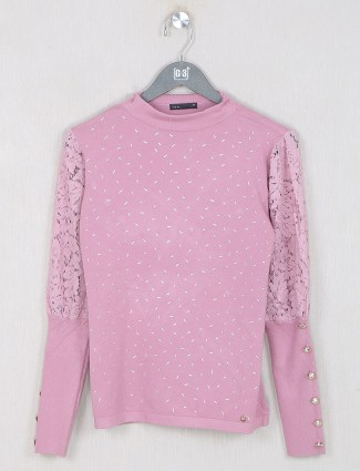 Deal pink solid casual top for women
