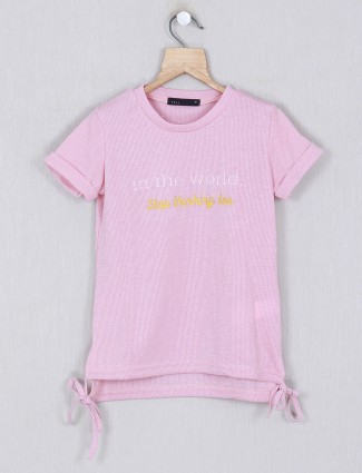 Deal printed pink round neck top for girls
