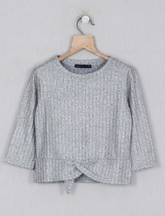 Deal solid grey cotton top for girls in cotton