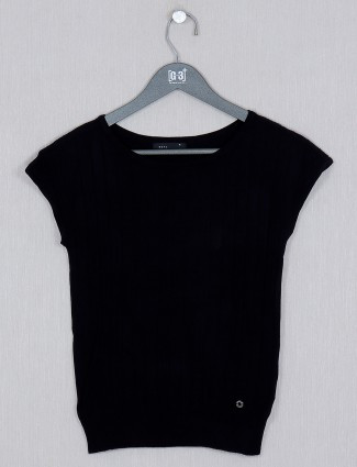 Deal solid style black knitted top for women