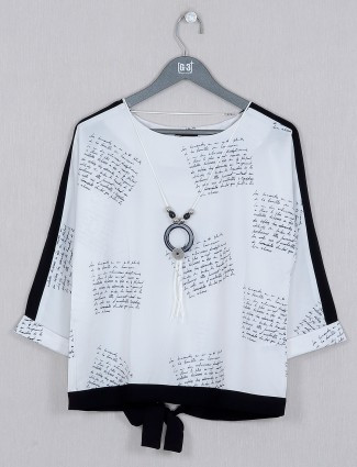 Deal white georgette top in printed style