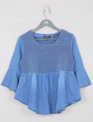 Denim casual top in light blue shade