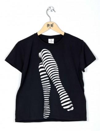 Desi Belle black printed top