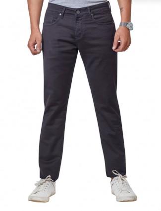 Dragon Hill black solid slim fit jeans