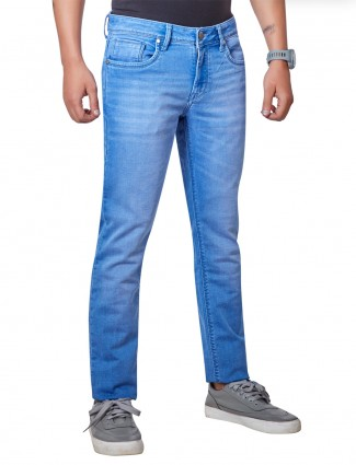Dragon Hill presented blue washed jeans