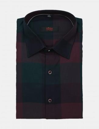 Fete wine checks cotton cut away collar shirt