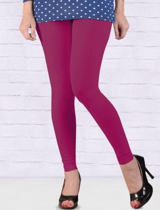 Go Colors magenta regular solid ankal length leggings