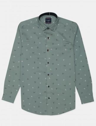 Flirt printed style green casual shirt for men