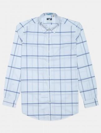Frio cotton checks shirt in white color