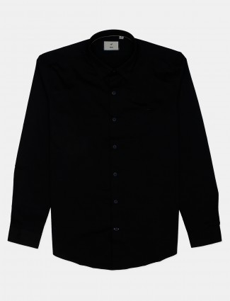 Frio solid black cotton casual shirt for mens