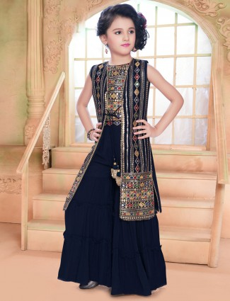 Georgette sleeveless palazzo suit in navy