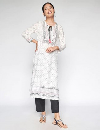 Global Desi Latest white printed cotton casual wear kurti