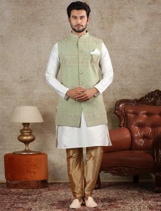 Green silk mens waistcoat set for parties