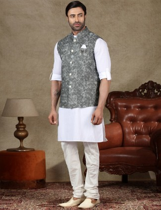 Grey and white cotton waistcoat set for mens