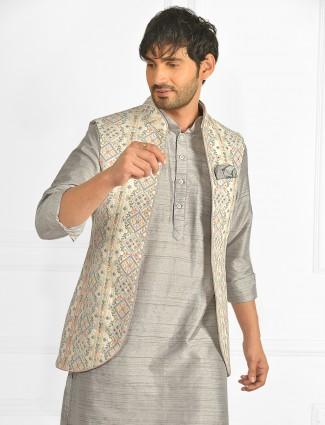 Grey colour cotton silk kurta suit with thread details waistcoat