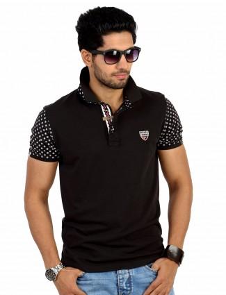 Hats off plain cotton t-shirt in black color
