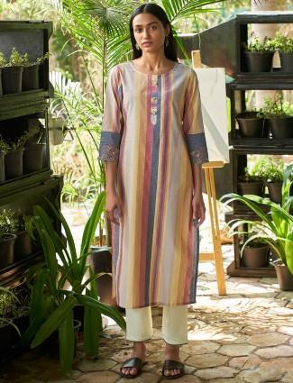 Innovative multi colored casual wear womens stripe kurti