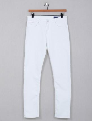 Killer solid white slim fit jeans