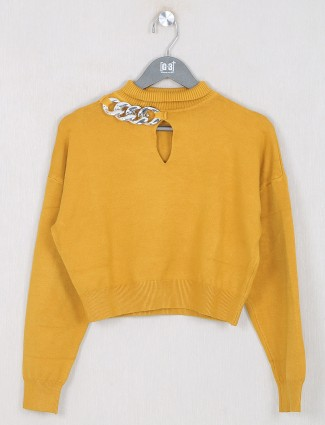 Knitted casual top for women in yellow