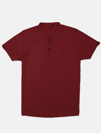Kuch Kuch slim fit solid red half sleeve t-shirt