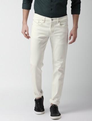 Levis cream color jeans