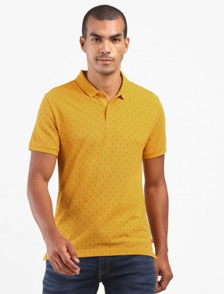 Levis polo neck mustard yellow printed polo t-shirt