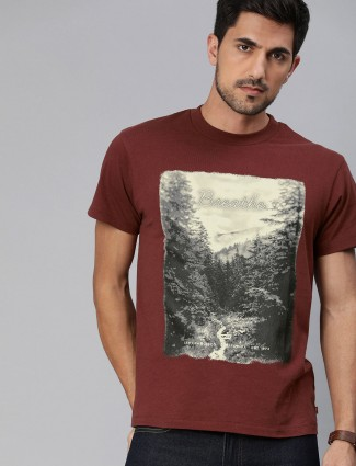 Levis printed cotton maroon t-shirt
