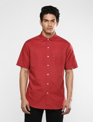 Levis solid red slim fit shirt