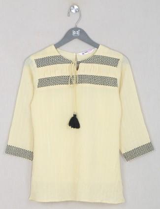 Light yellow linen cotton casual top