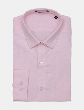 Louis Philippe solid full sleeves pink men shirt