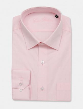Louis Philippe solid full sleeves pink shirt