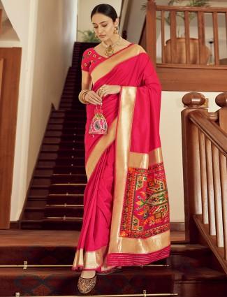 Magenta hue pretty banarasi silk saree