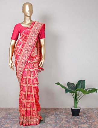 Magenta silk saree for festive saree