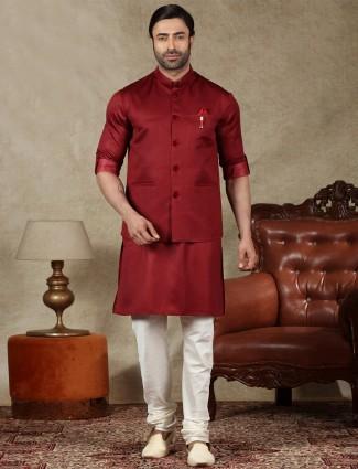 Maroon silk mens waistcoat set for parties