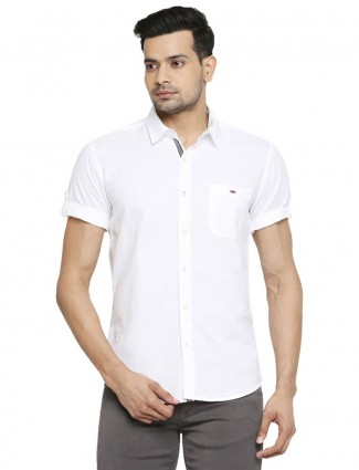 Mufti solid white cotton shirt for mens