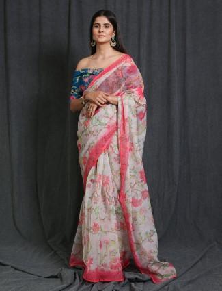 Pink chiffon saree for festive days